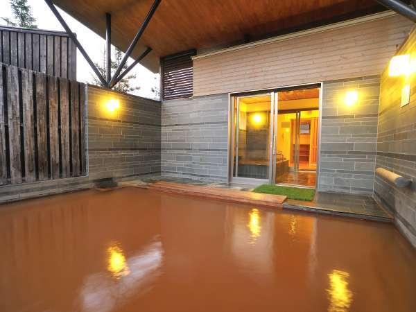 ◆【貸切風呂】源泉かけ流しの露天風呂を貸切で贅沢に。