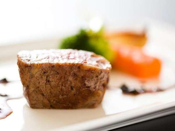 ◆ご夕食<洋食コース/肉>牛ヒレのグリル ペリグーソース