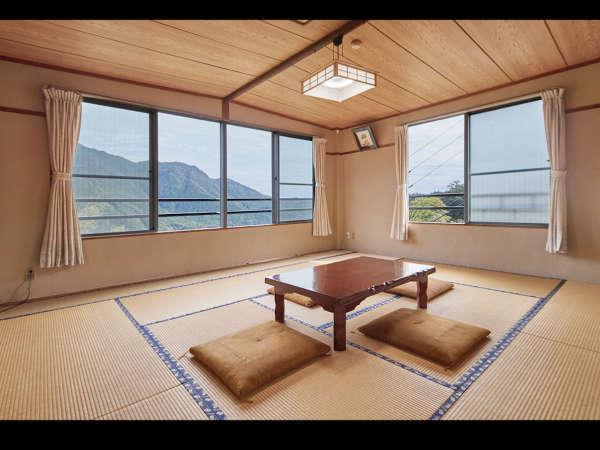 大門坂を望む和室10畳