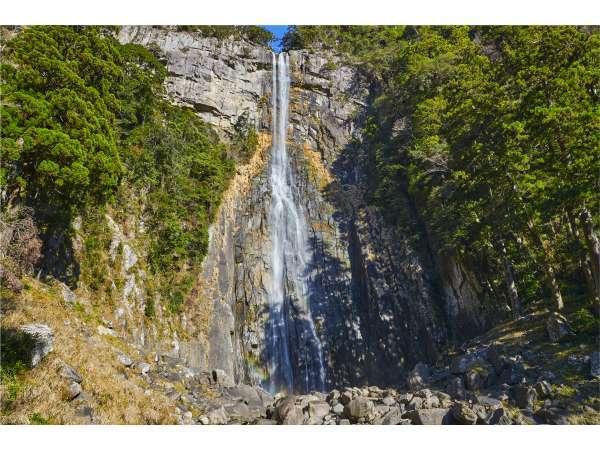 世界遺産『那智の滝』は飛瀧神社のご神体。徒歩5分