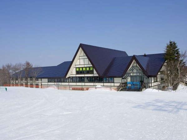 グランディ羽鳥湖スキーリゾートの外観