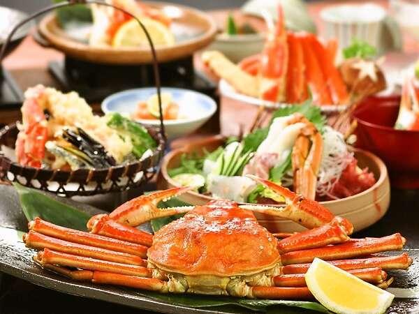 【さざんか会席】はズワイ蟹一枚、タラバの焼き蟹、かにすき、かにさしなどまさにかにずくし!