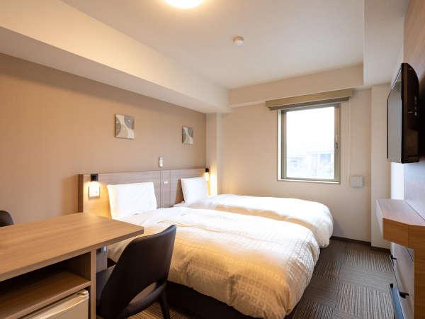 ◆ツインエコノミー◆広さ17平米◆ベッド幅110cm×2台◆小学生以下のお子様の添い寝も無料