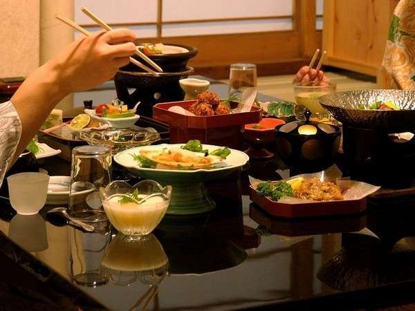 【夕食は会場食】◆◇◇◆椿館スタンダードプラン◆◇◇◆Wi-Fi無料★