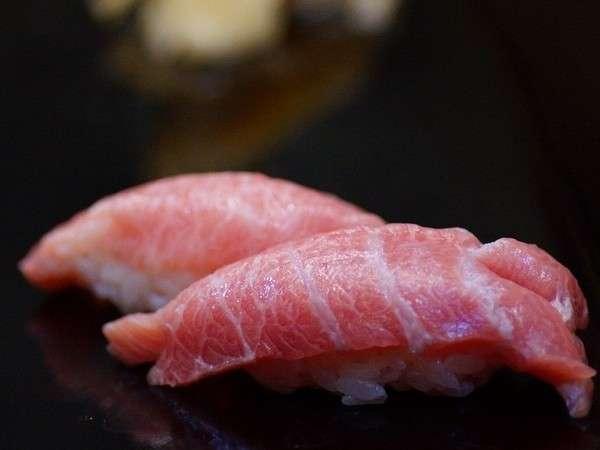 【地元密着宿泊プラン】夕食は地元のお寿司屋さんで地魚満喫♪★館内★Wi-Fi無料★