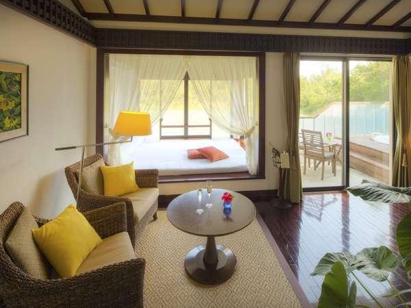【WEB Rate】【2食付】小さな青い宝石、小浜島。Luxury&Suite Stay ALLAMANDA