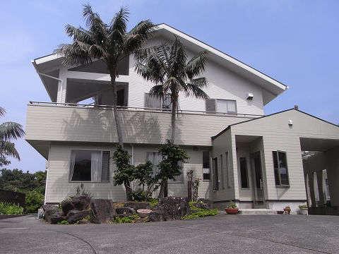 ケンチャルマ Kencha Rumahの外観
