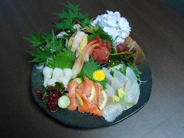 【満腹コース】豪華採れたて新鮮地魚&鮪大皿刺身盛込・自家製野菜の天ぷら食べ放題セット