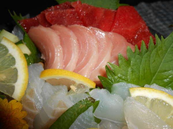【グループプラン】御家族・お友達と貸切温泉で!新鮮な海の幸・自家製野菜のお惣菜を楽しんで下さい。