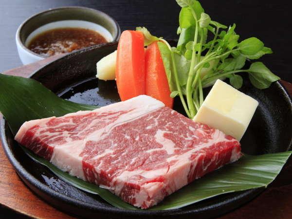 \★土佐和牛ステーキ★/お肉も食べた~いっ!夕食は【土佐和牛ステーキ×皿鉢:笑福】で高知満喫♪