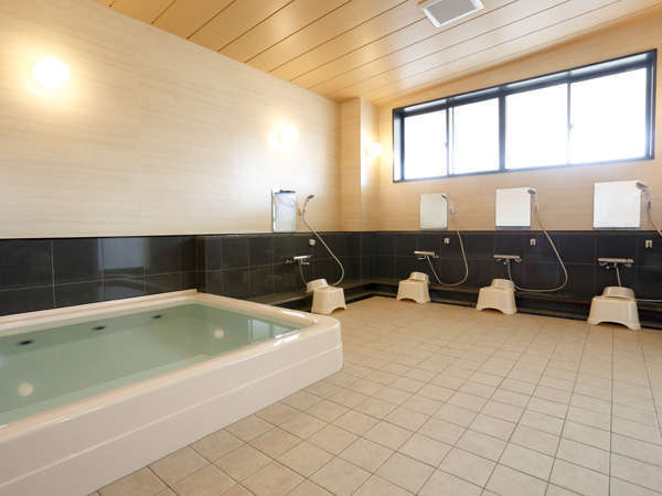 お泊り頂く別館にはお風呂がございませんので、本館でのご利用となります。(本館まで徒歩2分)