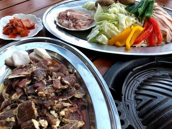 北海道産の羊・鶏・豚を焼肉で堪能♪
