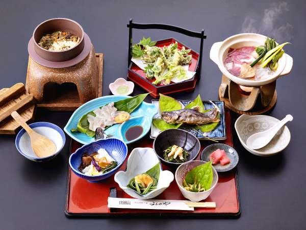 *【夕食一例】旬の食材を使った五箇山の家庭料理をご提供いたします。