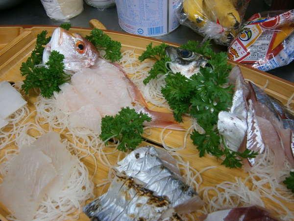 地元でとれた新鮮なお魚をつかった船盛です!