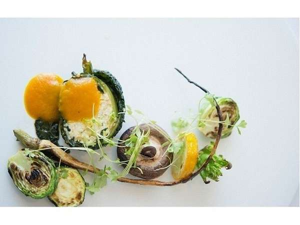 【Santoriniディナー&ブレックファースト】自然の恵み豊かな高知の食材をまるごと堪能♪2食付