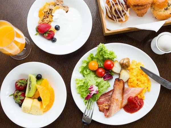 【神戸旅Bed&Breakfast】最上階から眺める神戸の街並みとオリエンタルホテル自慢の朝食を