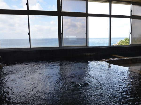 ■女性大浴場■日本海を望む大浴場だから夕日、漁り火を眺めながら温泉浴♪