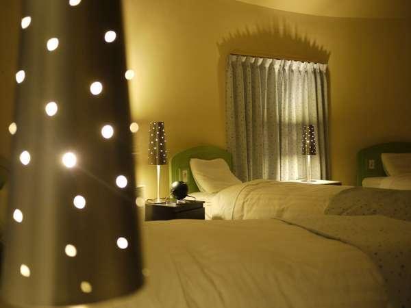 【部屋数限定特典!】プラネタリウム完備☆星をテーマにしたお部屋『エトワール・ヴィラ』1泊朝食付き