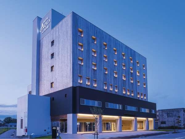 ◆黒部駅から徒歩1分◆駐車場はホテル建物裏側にございます◆
