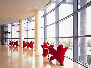 ホテル2階ロビーの「お花の形をした椅子」