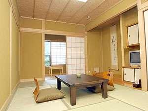 由布岳一望の8畳客室