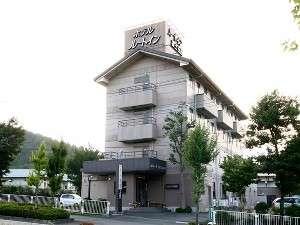 ホテルルートインコート富士吉田の外観