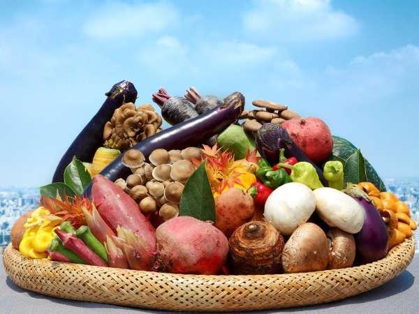 全レストランで国産野菜・国産米にこだわっております