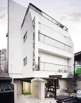 片町ツアーホテルの外観