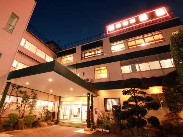飯坂温泉 源泉かけ流しの宿 ホテル翠月の外観
