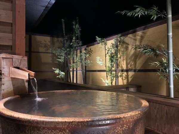 1階露天風呂付き客室 夜の風景