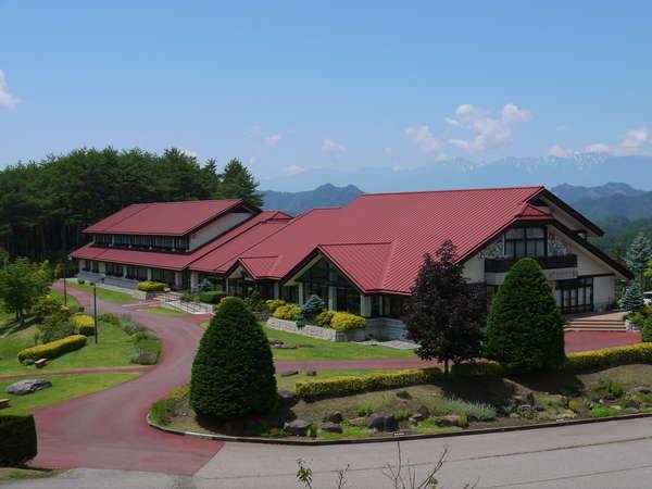 シェーンガルテンおみ 北アルプスの眺望と庭園が楽しめるホテル
