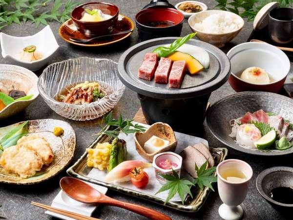 【和会席】メインは黒毛和牛と大分県産豚の陶板焼き/一例