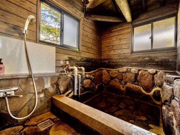 【貸切家族風呂】岩風呂タイプ 一番スタンダードなお風呂です