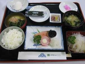 イカ刺付和定食(朝食)