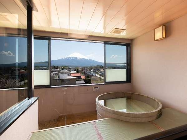 【禁煙】桧風呂付き特別室1~3名様 露天風呂