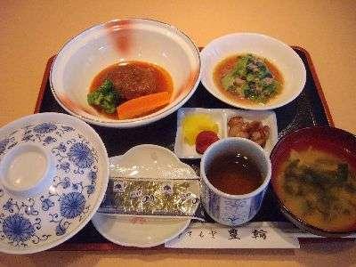 選べる朝食メニュー『煮込みハンバーグ朝食』通常¥500