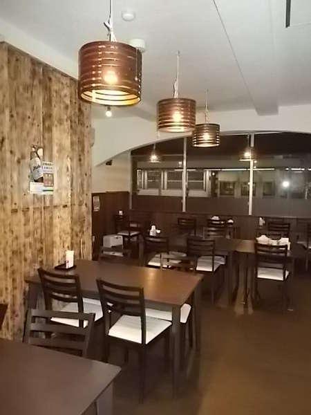 朝食・夕食はホテル2F『カルチェ・ラタン』にて