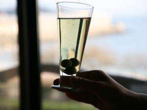 【お酒が飲めないカップルに☆彡】小豆島でふたりの素敵な思い出を…ハートの絵馬プレゼント!《個室食》