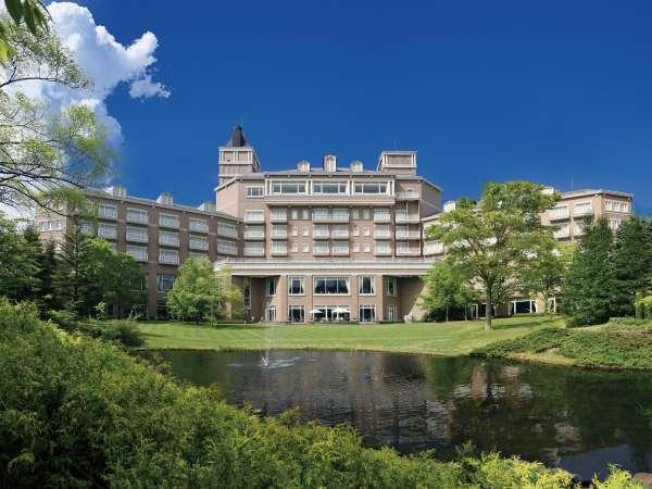 仙台ロイヤルパークホテル お城のようなガーデン自慢のリゾート