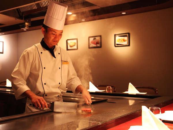 【鉄板焼で楽しむ技と贅】目の前でダイナミックに焼きあげる仙台牛ステーキディナー付