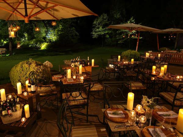 心地よい夜風を感じながら、テラスで楽しむガーデンディナー(フリードリンク付)