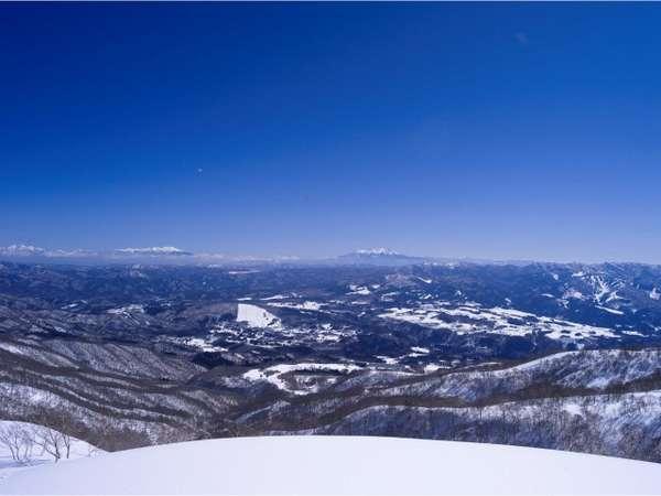 鷲ヶ岳高原ホテルレインボーの外観