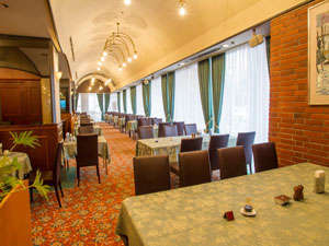 New Tanda Hotel