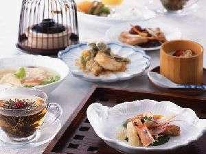 【68階皇苑からの贈り物♪】 皇苑 ディナー付プラン〜フローラ朝食付〜