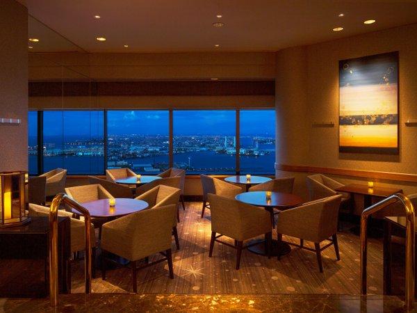 横浜ランドマークタワー最上階 シリウス窓側確約【禁煙席】20:30〜夕食付プラン♪