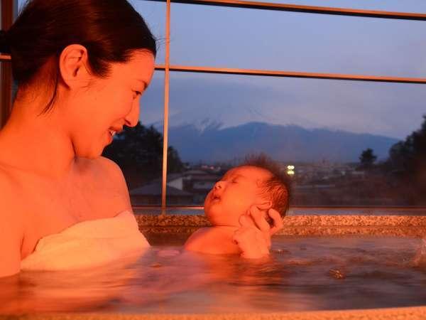 全ての客室の風呂は沸かし湯でございます。赤ちゃんでも安心。