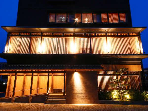 湊小宿 海の薫とAWAJISHIMA
