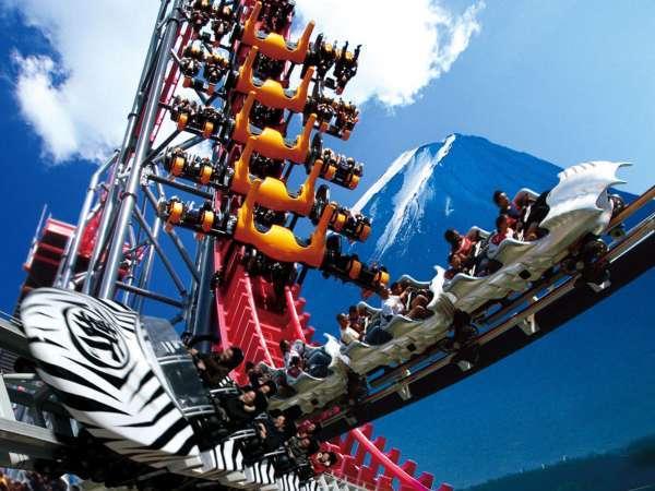 富士急ハイランドで思いっきり遊ぼう