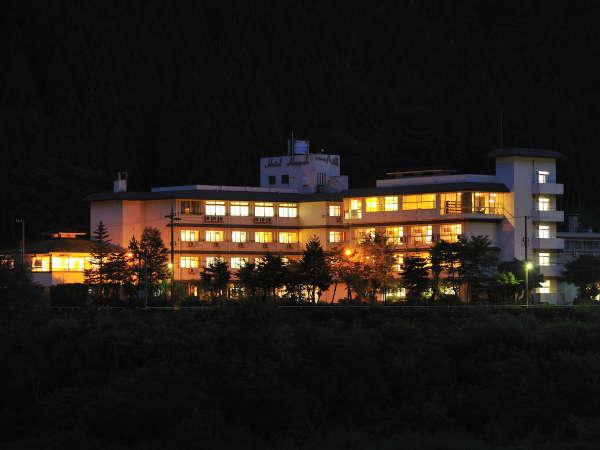ホテル八鵬