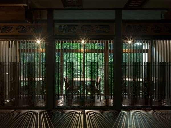 鶴の恩返し よみがえりの宿 鶴霊泉